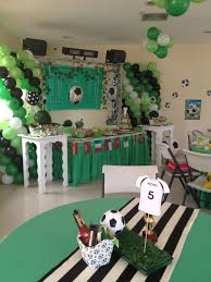 Para Centro De Mesa De Fiesta De Futbol Utiliza Siluetas De