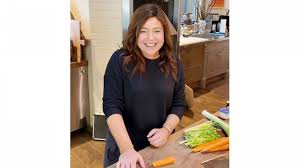 rachael ray tapes show from home makes