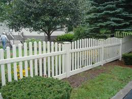 Tan Vinyl Fence With Dog Ear Pickets And New England Post Caps Crowned Style Sections Ketcham Fenceketcham Fence