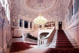 Risultato immagini per saint petersburg palace 300x200