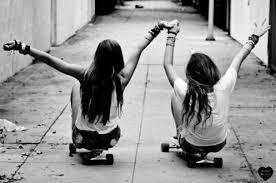 Les deux plus belles filles du MONDE !!!! - monia-girault