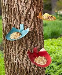 Decorate A Tree Or Fence While You Feed Your Feathered Friends With This Set Of 3 Shovel Birdfeeders Th Metal Tree Wall Art Bird Feeders Bird Houses Painted