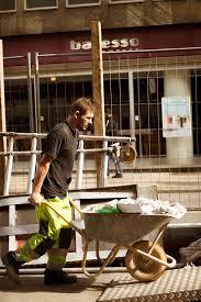 karyawan tukang bangunan