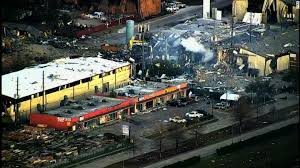 houston explosion 2 killed in blast at