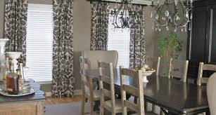 light grey walls colour curtains