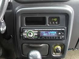 Автомобильная магнитола Sony