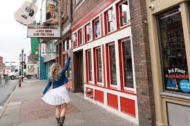 travel guide to nashville in a weekend