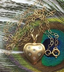 9ct gold and diamond heart necklace