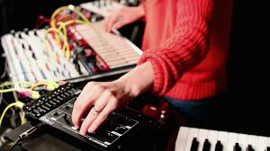 Sound Painting at Moog Sound Lab with Kaitlyn Aurelia Smith : Ask ...