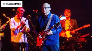 Review: Mark Knopfler and Band at the Royal Albert Hall – L-ISA