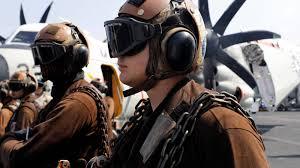 Tecnología militar: Así se vive a bordo de un gigantesco portaaviones