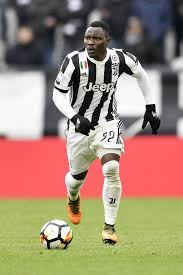 Chelsea want Juventus left-back Kwadwo Asamoah on free with Alex Sandro set  to stay in Turin
