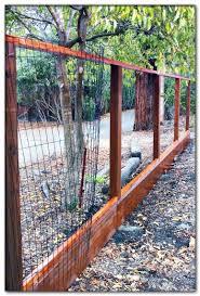 Dog Run Ideas Backyard In 2020 Diy Garden Fence Portable Dog Fence Cheap Fence