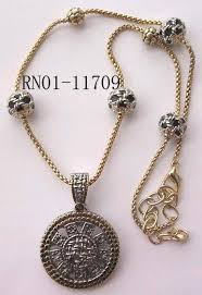 dot silang large round pendant necklace