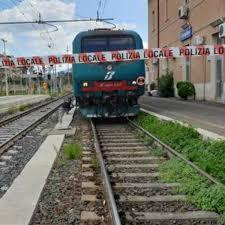 Broni, ragazzo travolto e ucciso da un treno alla stazione: stava ...