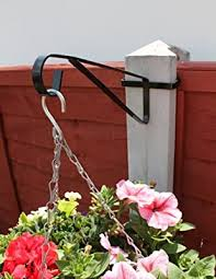 Mygardengreen 2 X Hanging Basket Brackets For Concrete Posts Supports Easy Fill Baskets Amazon Co Uk Garden Outdoors