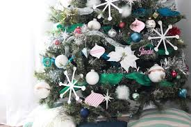 How To Decorate A Christmas Tree Tips And Tricks Pretty Providence
