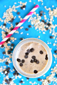 oatmeal cookie dough smoothie running