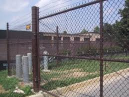 Do Chain Link Fence Posts Need To Be Secured By Concrete Hercules Fence Richmond