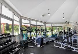 resort style studio w balcony gym