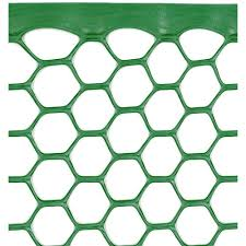 Boen 4 Ft X 50 Ft Plastic Poultry Hex Garden Fence Netting Green Pf 40004 The Home Depot In 2020 Rolled Fencing Hex Netting Metal Chicken