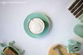clean and healthy diy moisturizer