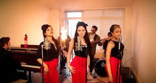 Burn - Vintage '60s Girl Group Ellie Goulding Cover with Flame-O-Phone. Postmodern  Jukebox   Ellie goulding, Jukebox, Burn song