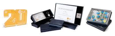 employee award presentation gifts
