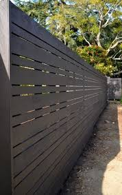 Horizontal Fence Santa Monica Canyon From Harwell Fencing Gates Inc Los Angeles In Santa Monica Ca Modern Fence Design Privacy Fence Designs Fence Design