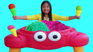 Wendy Pretend Play Selling SAND Ice Cream Crab Toy Shop - YouTube