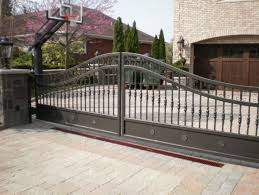 10 Most Popular Driveway Gate Ideas That You Ll Love
