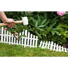 Emsco 24 In Resin Picket Garden Fence 18 Pack 2140hd The Home Depot