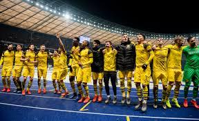 Marco Reus scores late winner to help Borussia Dortmund defeat ...