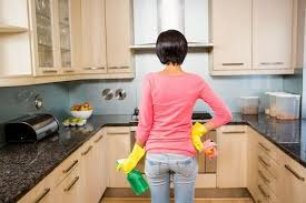 how to clean kitchen cabinets and keep
