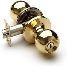 Amazon Com Aoeiuv Polished Brass Door Knobs With Lock And Key Interior Bedroom Door Lock With Key Adjustable Latch For Bedroom Bathroom Store Kids Room Study Classroom Home Kitchen
