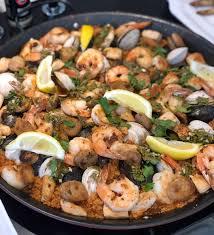 Cauliflower Rice Seafood Paella - F-Factor
