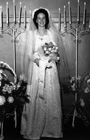 1941-9-24 Ida-Rose Langford Hall Wedding | Wedding dresses vintage, Vintage  bride, Vintage wedding photos