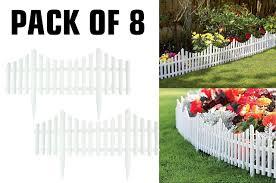 Keraiz Pack Of 8 Decorative Garden Border Edging White Light Weight Plastic Picket Fences 8 Amazon Co Uk Garden Outdoors