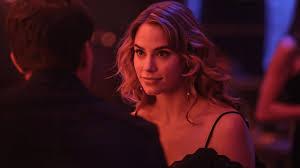La regina del peccato, il film thriller su Rai 2: trama, cast ...