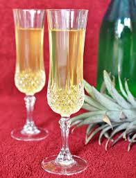 pineapple wine recipe easy guide on