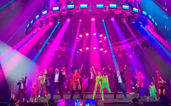 cantantes del 90' Pop Tour en vivo