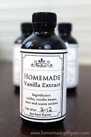 vanilla extract in individual bottles
