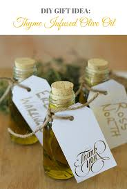 diy gift thyme infused olive oil
