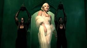 Bradley Cooper dirigerà Lady Gaga nel remake di È Nata una Stella