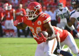 Chiefs trade Knile Davis to Packers