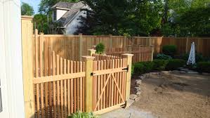 Cheap Fence Ideas For Dogs In Diy Reusable And Portable Dog Fence Modern Design In 2020 Dog Fence Cheap Portable Dog Fence Dog Fence