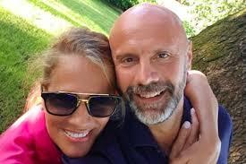 Umberto Maria Anzolin marito Heather Parisi chi è? Il coronavirus ...