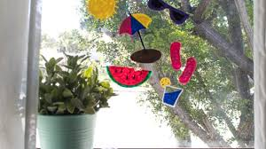 These Diy Window Clings Are A Mess Free Indoor Activity For Kids