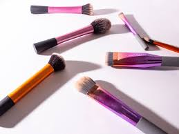 makeup brushes you need in your beauty