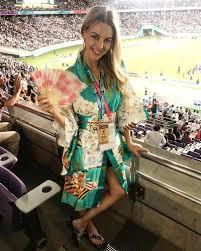 TV-vrou se Elma Smit se vreugdestrane in Japan